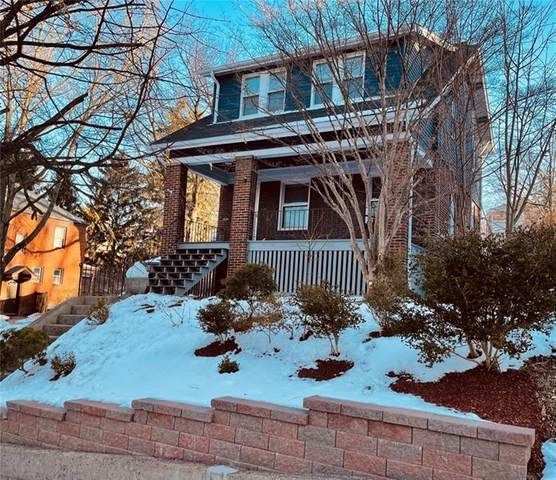 221 Questend, Mt. Lebanon, PA 15228 (MLS #1484882) :: Dave Tumpa Team