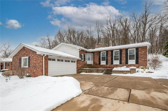 108 Radcliff Dr, Center Twp - Bea, PA 15001 (MLS #1486167) :: Dave Tumpa Team