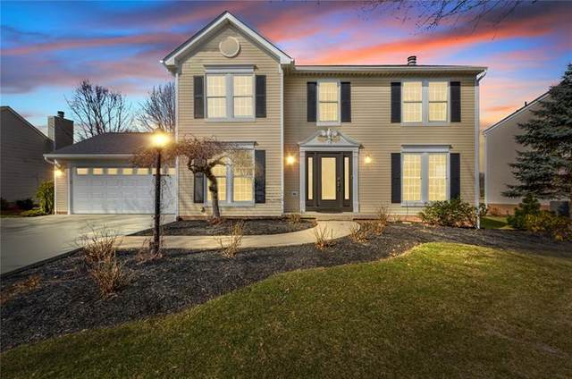 111 Aberdeen Dr, Cranberry Twp, PA 16066 (MLS #1488941) :: The SAYHAY Team