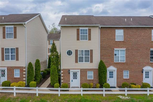 637 Donavin Drive, Hempfield Twp - Wml, PA 15644 (MLS #1494465) :: Broadview Realty