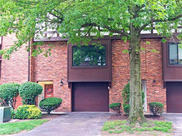 421 Allenberry Drive, Ross Twp, PA 15237 (MLS #1503984) :: The SAYHAY Team