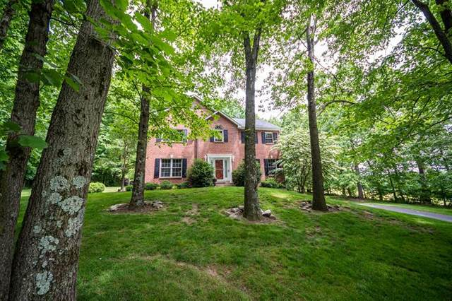 101 Timberlee Drive, Connoquenessing Twp, PA 16033 (MLS #1505972) :: The SAYHAY Team