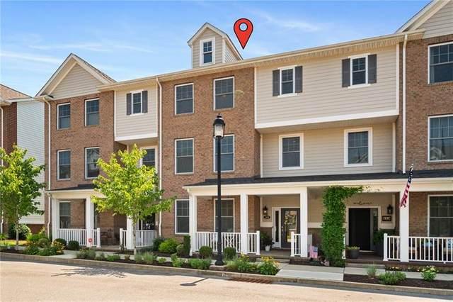 30 Allegheny Ave, Oakmont, PA 15139 (MLS #1514123) :: Dave Tumpa Team