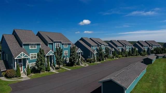 9107 Aspen Drive, Seven Springs Resort, PA 15622 (MLS #1518842) :: Dave Tumpa Team