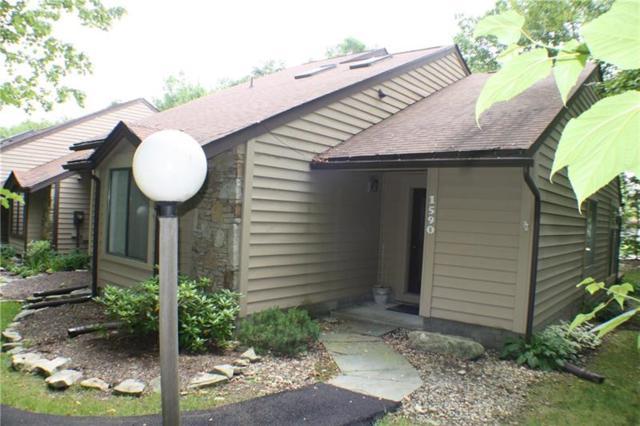 1590 Snowfield Terrace, Hidden Valley, PA 15502 (MLS #1299373) :: Keller Williams Pittsburgh