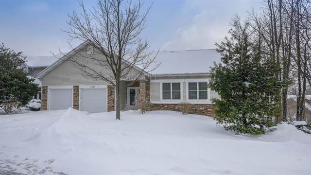 2427 South Ridge Plaza, Hidden Valley, PA 15502 (MLS #1383034) :: Broadview Realty