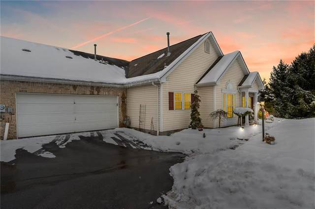 6026 Belle Terre Ct, South Fayette, PA 15017 (MLS #1486280) :: Dave Tumpa Team
