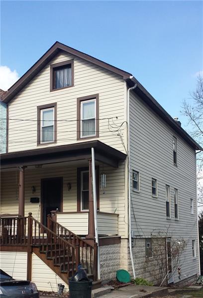 413 Walnut Ave, City Of Greensburg, PA 15601 (MLS #1331050) :: Keller Williams Pittsburgh