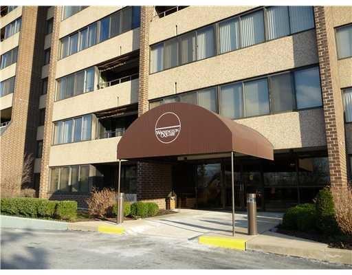 750 Washington Road #1506, Mt. Lebanon, PA 15228 (MLS #1341281) :: Keller Williams Pittsburgh