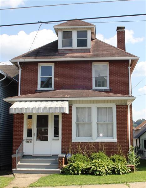 952 Roup Avenue, Brackenridge, PA 15014 (MLS #1354871) :: Keller Williams Realty