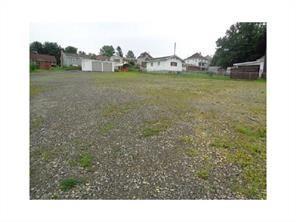 709 Blackstone, Connellsville, PA 15425 (MLS #1355565) :: Keller Williams Realty