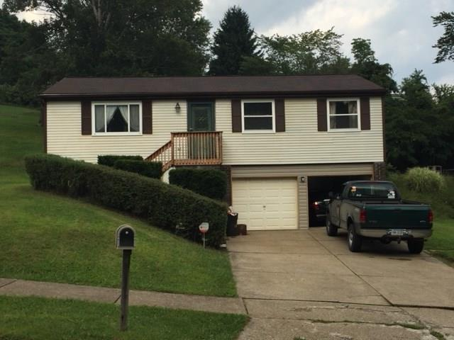 349 Meade Dr, Moon/Crescent Twp, PA 15108 (MLS #1357291) :: Keller Williams Pittsburgh