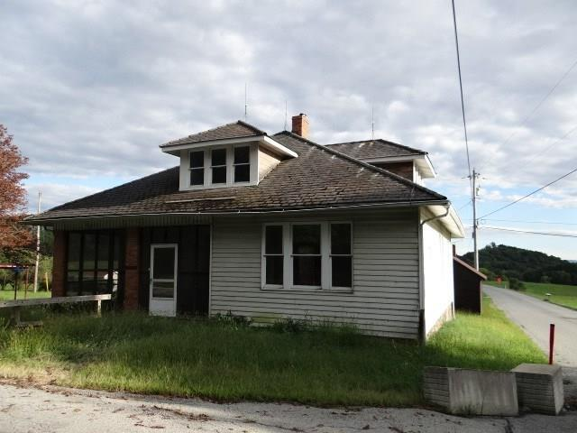 100 Weavers Rd, Unity  Twp, PA 15601 (MLS #1361186) :: Keller Williams Pittsburgh