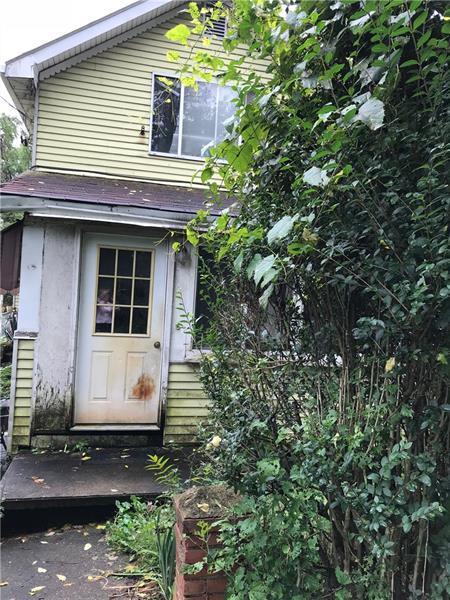 726 Locust St, Centerville, PA 15358 (MLS #1361205) :: Keller Williams Pittsburgh