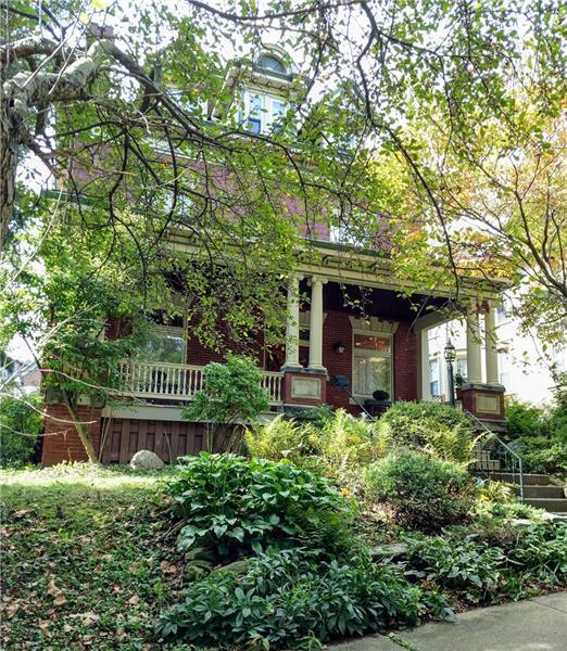 212 Walnut, City Of Greensburg, PA 15601 (MLS #1363558) :: Keller Williams Pittsburgh