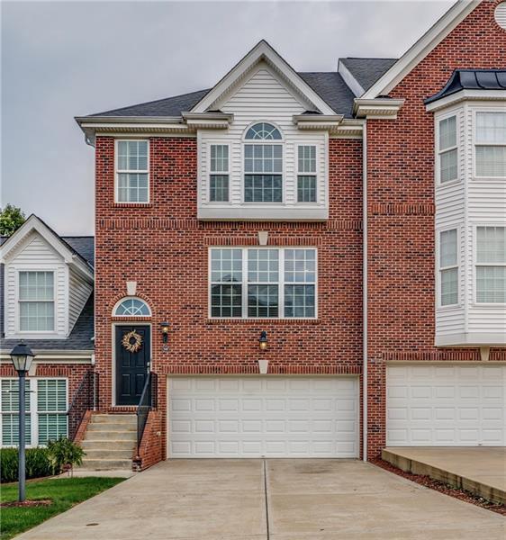 542 E Vanderbilt Drive, Adams Twp, PA 16046 (MLS #1363820) :: Keller Williams Realty