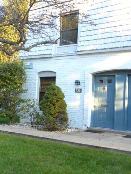 730 Carriage, Pennsbury, PA 15205 (MLS #1364927) :: Keller Williams Realty