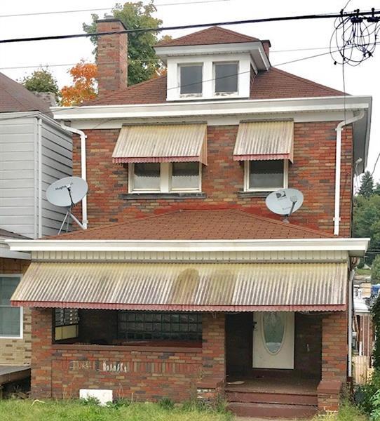556 Russellwood, Stowe Twp, PA 15136 (MLS #1365978) :: Keller Williams Realty