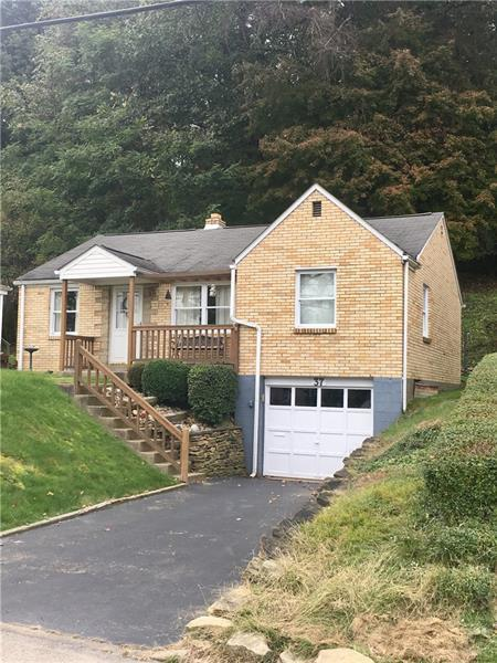 37 Glenview Ave, City Of Greensburg, PA 15601 (MLS #1367878) :: Keller Williams Realty