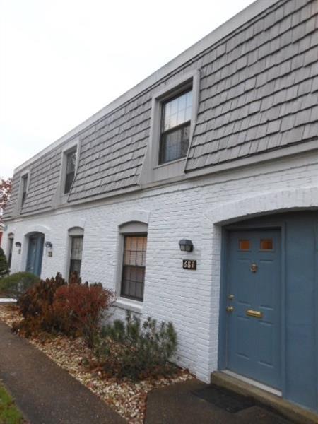 681 Pennsbury Blvd., Pennsbury, PA 15205 (MLS #1371197) :: Keller Williams Realty