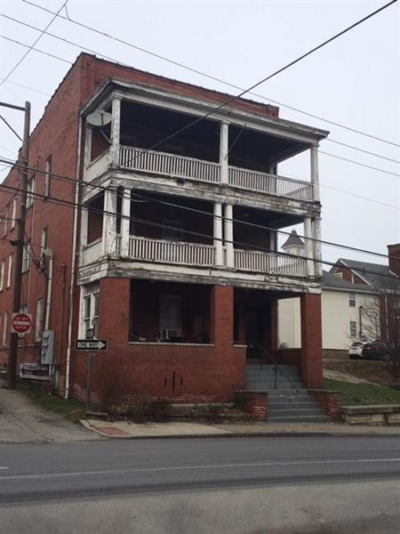 141-149 W Greene Street, Waynsbrg/Frankln Twp, PA 15370 (MLS #1373952) :: Keller Williams Realty