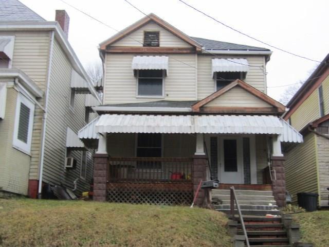 127 Thompson Avenue, Donora, PA 15033 (MLS #1381569) :: The SAYHAY Team