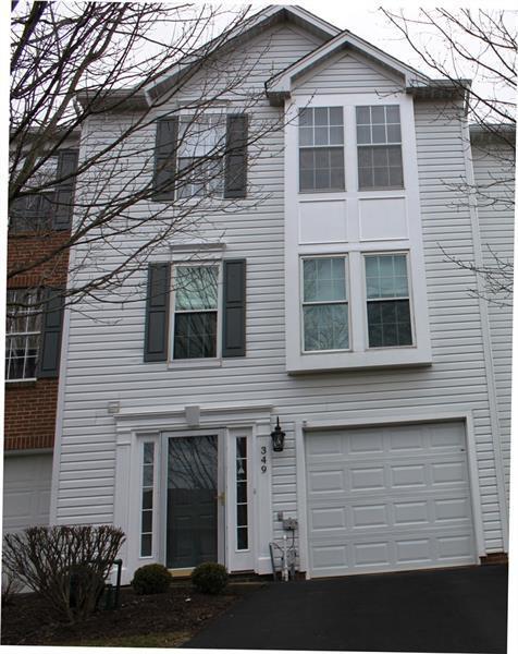 349 Murrays Lane, Castle Shannon, PA 15234 (MLS #1386204) :: Broadview Realty