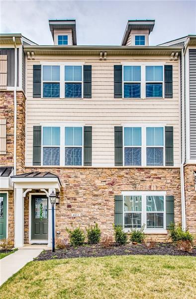 4052 Overview Dr, Canonsburg, PA 15317 (MLS #1388717) :: Broadview Realty