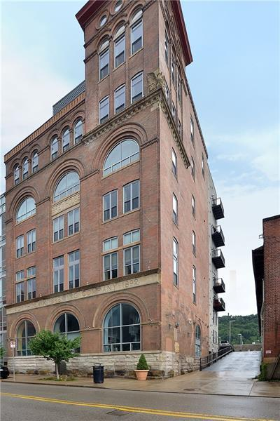 2434 Smallman St #511, Downtown Pgh, PA 15222 (MLS #1391451) :: The SAYHAY Team