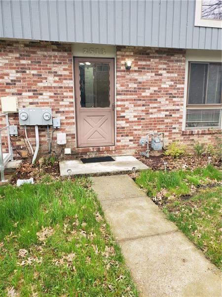 2513 S Hunting Ridge Trl, Bridgeville, PA 15017 (MLS #1391926) :: Keller Williams Realty