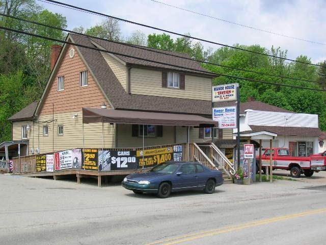 73 Main St, Manor, PA 15665 (MLS #1391956) :: Keller Williams Realty