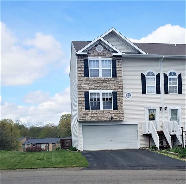 111 Antler Hollow Crt, Cranberry Twp, PA 16066 (MLS #1395594) :: The SAYHAY Team
