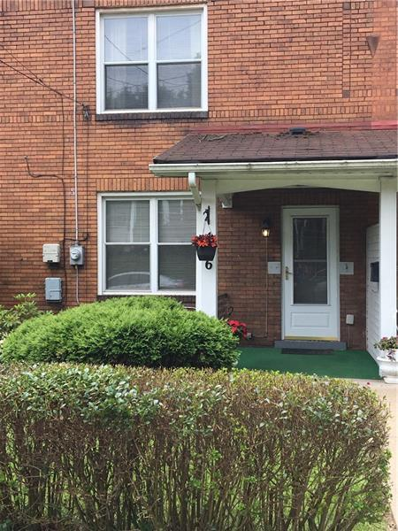 416 Avenue D, Forest Hills Boro, PA 15221 (MLS #1401546) :: Broadview Realty
