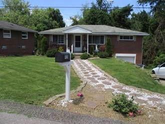 935 Beverly Avenue, Harmony Twp - Bea, PA 15003 (MLS #1401783) :: Keller Williams Realty