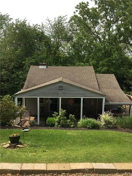 337 Harper Lane, Monroeville, PA 15146 (MLS #1402151) :: Dave Tumpa Team