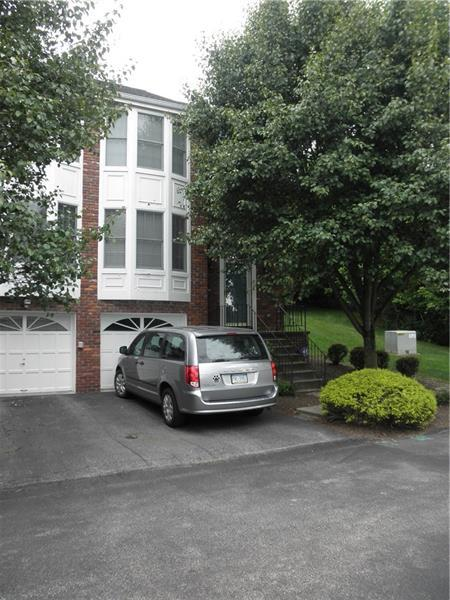 1711 Timberidge Dr, Bethel Park, PA 15102 (MLS #1402339) :: Broadview Realty
