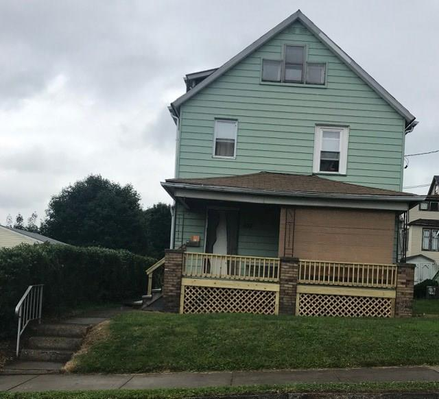 633 Stambaugh, Farrell, PA 16121 (MLS #1409933) :: Broadview Realty