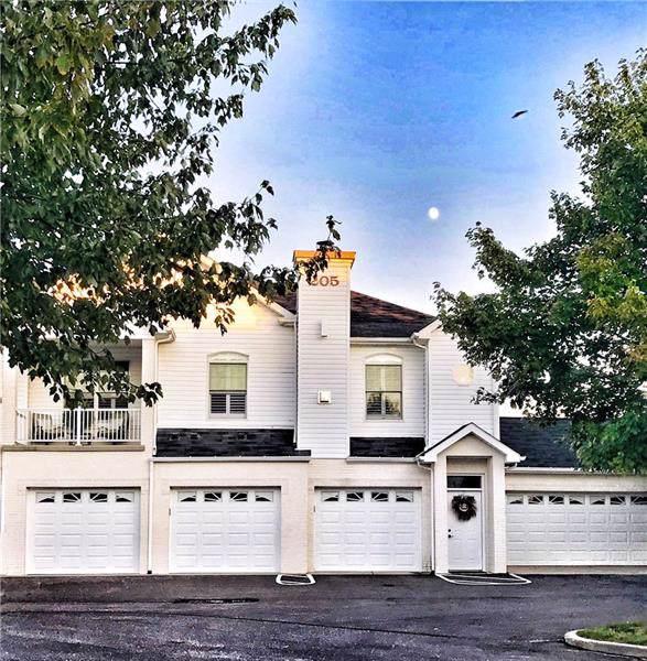 205 Adams Pointe Blvd #2, Adams Twp, PA 16046 (MLS #1417815) :: Broadview Realty