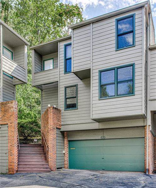40 Timberline, Squirrel Hill, PA 15217 (MLS #1418330) :: Broadview Realty