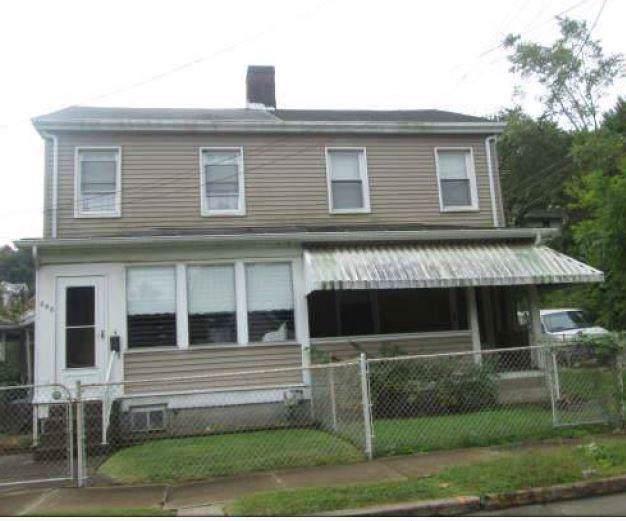 648 S 6th St, Jeannette, PA 15644 (MLS #1418854) :: REMAX Advanced, REALTORS®
