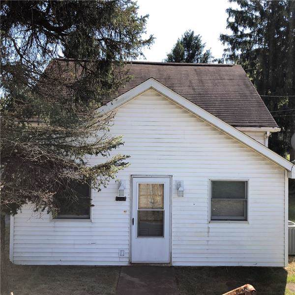 336 State Route 31, Mt. Pleasant Twp - WML, PA 15666 (MLS #1419079) :: Dave Tumpa Team