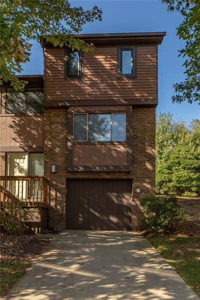 706 Forest Edge Ct, Mccandless, PA 15090 (MLS #1422323) :: Broadview Realty