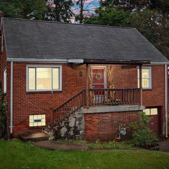 45 Glenburn Dr, Pleasant Hills, PA 15236 (MLS #1422736) :: REMAX Advanced, REALTORS®
