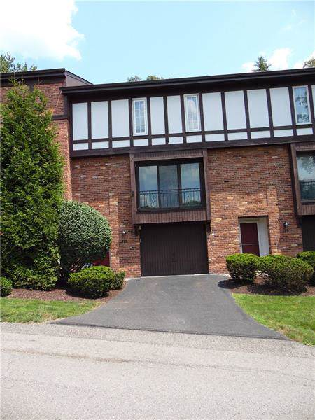 402 Allenberry Dr, Ross Twp, PA 15237 (MLS #1424709) :: Broadview Realty