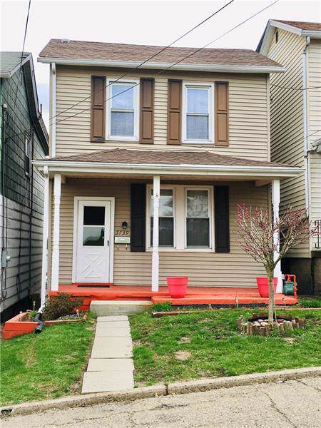5739 Ollie St, Lincoln Place, PA 15207 (MLS #1425744) :: Broadview Realty