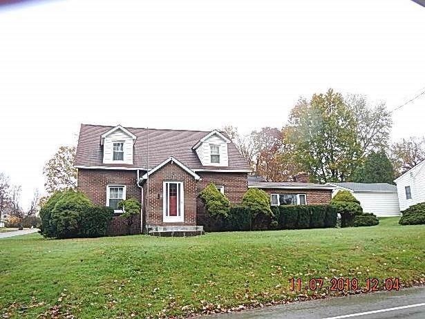 411 S 10th St, Sharpsville, PA 16150 (MLS #1427006) :: Broadview Realty