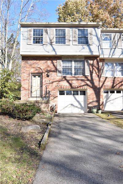 110 Grouse Ct, Peters Twp, PA 15367 (MLS #1428340) :: RE/MAX Real Estate Solutions