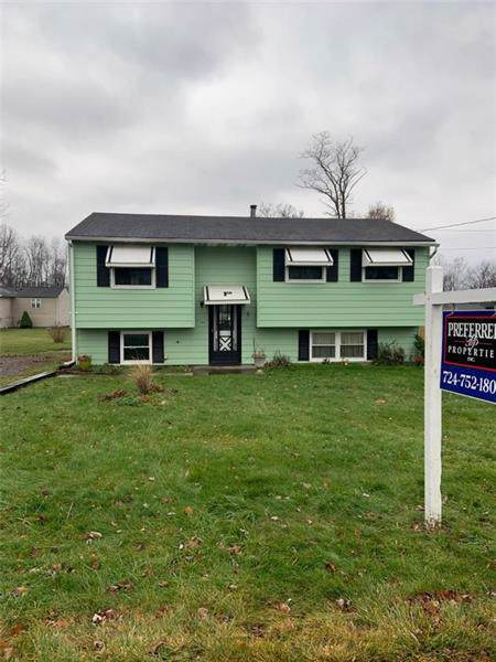 394 3rd St, Taylor Twp, PA 16160 (MLS #1428845) :: RE/MAX Real Estate Solutions