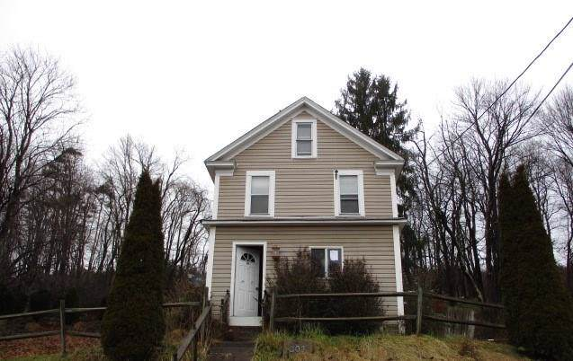 205 Wheatfield Dr, Hempfield Twp - Wml, PA 15601 (MLS #1433459) :: RE/MAX Real Estate Solutions