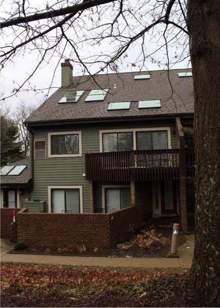 2702 Leona Lane, Robinson Twp - Nwa, PA 15108 (MLS #1433751) :: RE/MAX Real Estate Solutions
